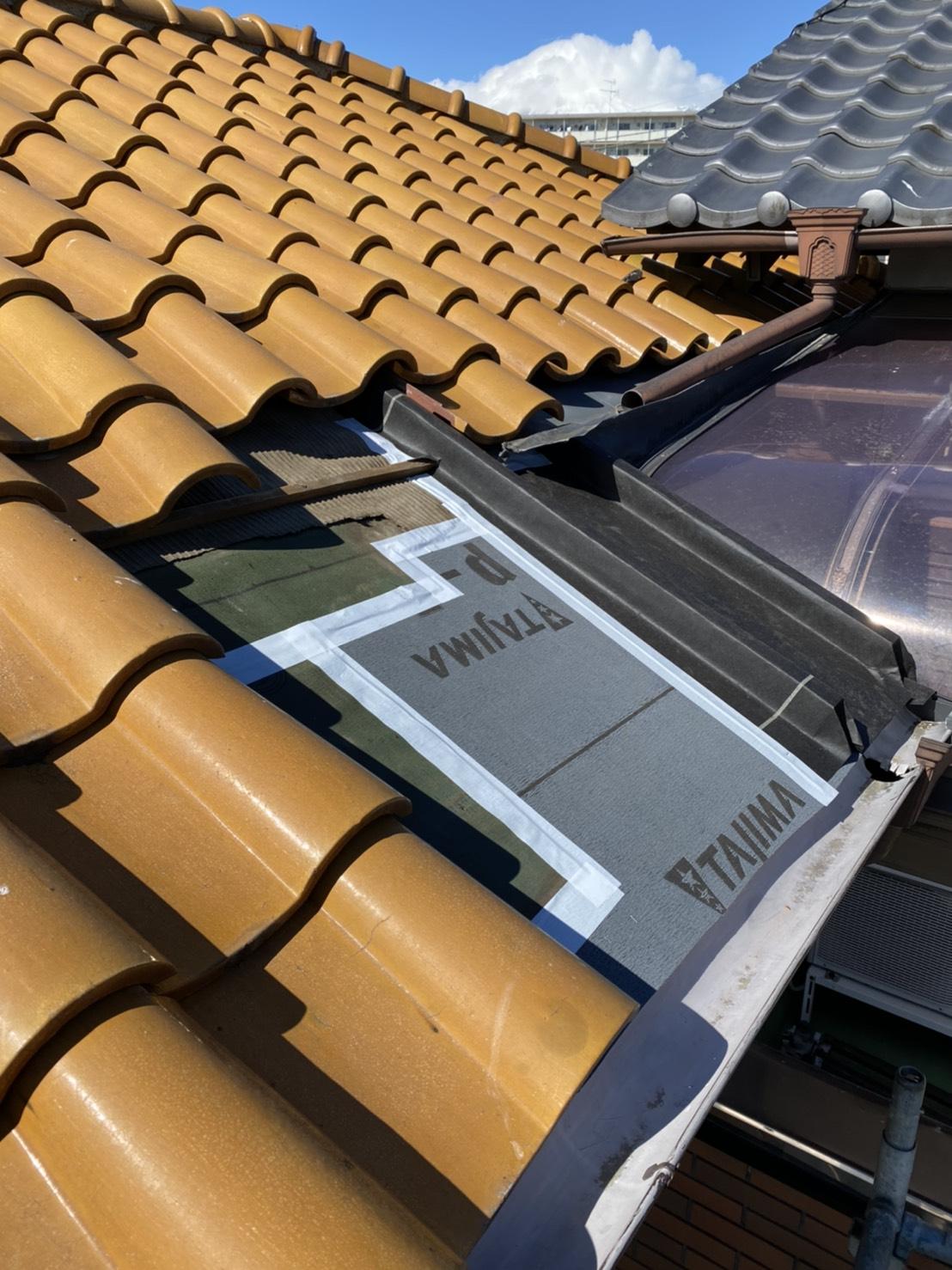 屋根雨漏り補修工事